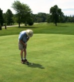putting at 2010 golf tournament
